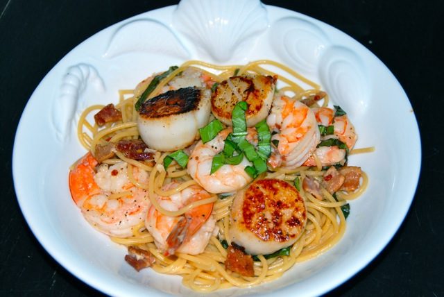 Pasta With Scallops Shrimp And Basil