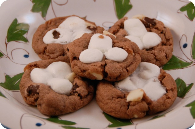 12 Days of Christmas Cookies: Hot Cocoa Cookies