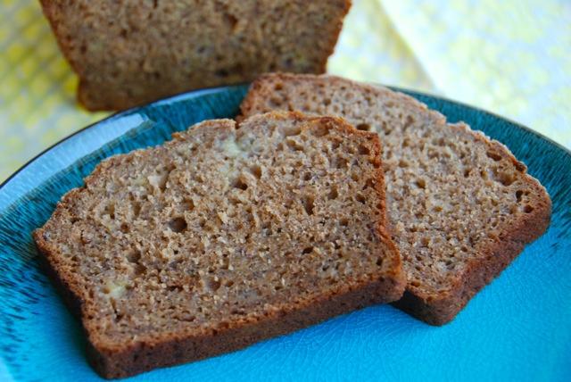 Honey Whole Wheat Banana Bread | Flying on Jess Fuel