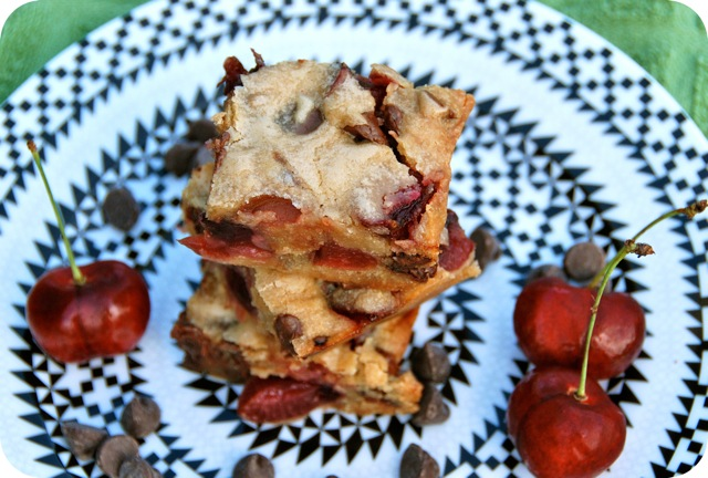 Chocolate Chip Cherry Blondies | Flying on Jess Fuel
