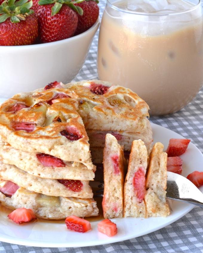 Fresh Strawberry Banana Pancakes